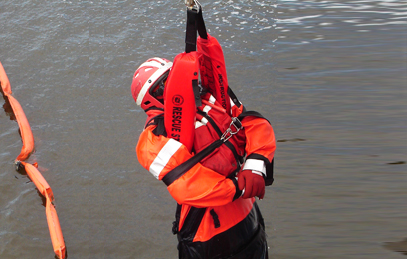 USCG Rescue Swimmer Training :: Ocean Rescue
